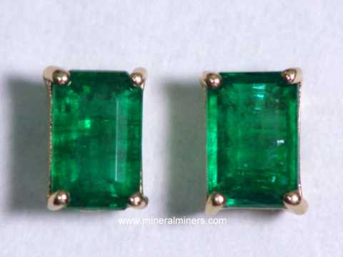 Emerald Earrings 6x4mm 14k Gold Studs